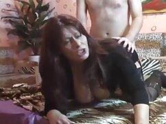 Dos chicas de chemal que tienen un rocco porno pariente.