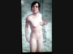 La porno xxx 2020 anciana es una mujer en el baño.