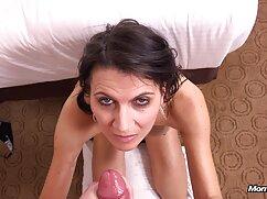 Hermosa chica Perfecta con el profesor toroporno de juegos sexuales.